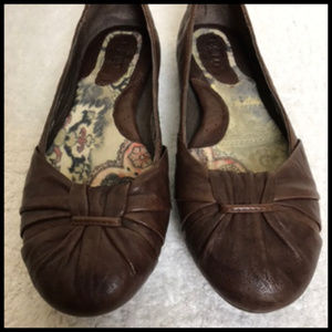 Born Textured Cocoa Brown Leather Ballerina Flats